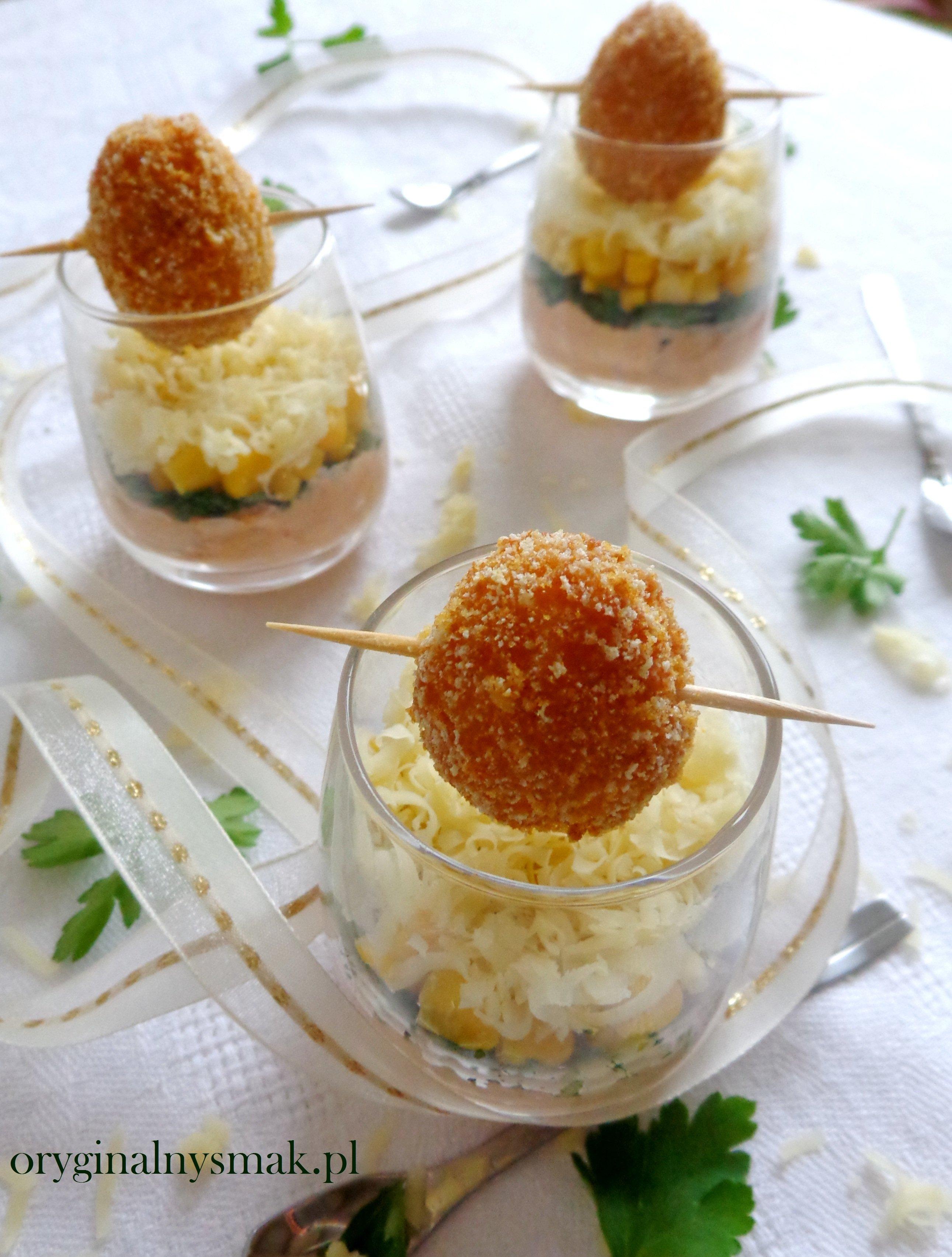 Mini Salatka Z Tunczykiem I Jajkiem Przepiorczym W Serowej Skorupce