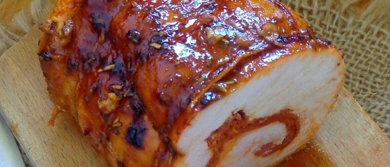 Pieczony filet z indyka z chorizo